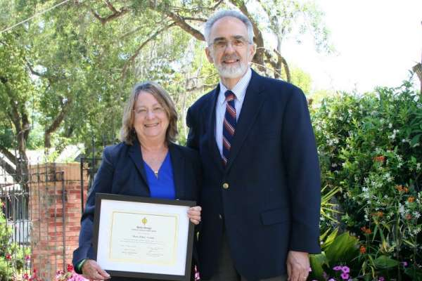 Dr. Young and Dean Perri photo