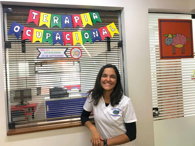 Claudia Luna completes her fieldwork rotation abroad in Peru.